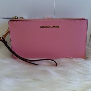 💕NEW💕MICHAEL KORS WALLET/ WRISTLET